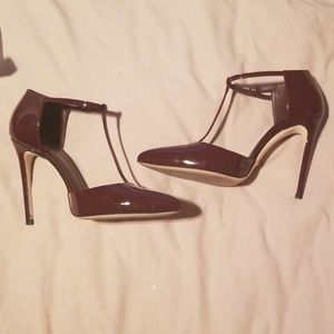 Gucci Brooke T strap heels